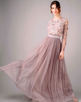 Needle and Thread Ditsy Scatter Tulle Gown rörelse